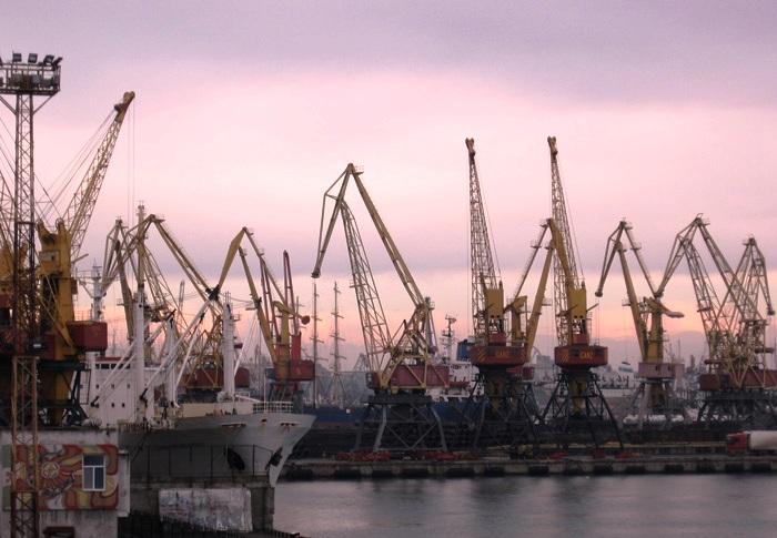 Усть-Дунайский порт - градообразующее предприятие Вилково